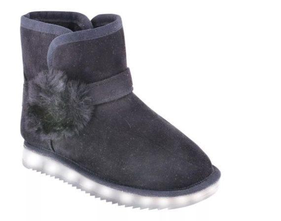 47 bota negra